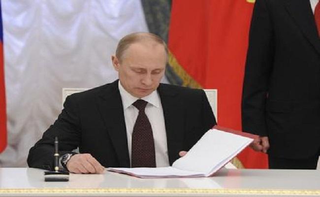 Putin promulga incorporação da Crimeia e Sebastopol à Rússia