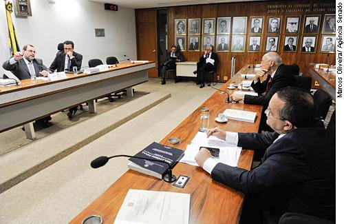 Ministro do STJ é contra redução da maioridade penal