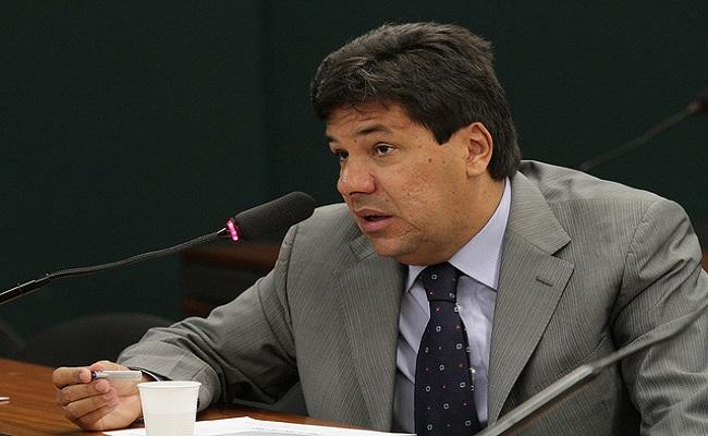 DEM ameaça obstruir votações na Câmara por instalação de CPI da Petrobrás