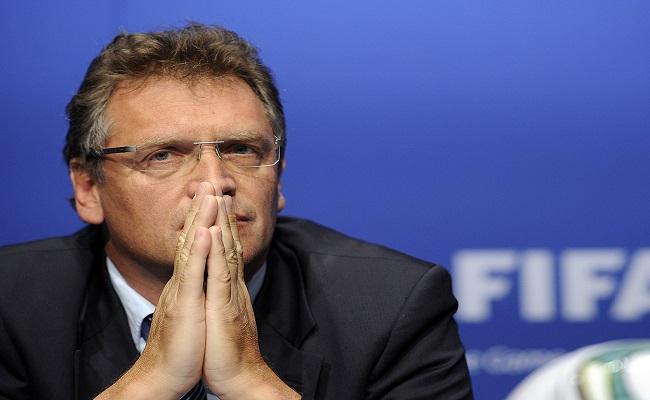 Secretário-geral da Fifa afirmar que o Brasil não está pronto para receber a Copa