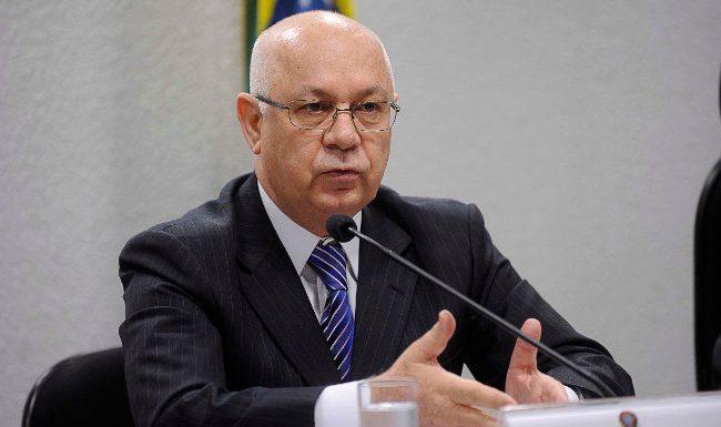 Ministro Teori pede informações em ADPFs contra nomeação de Lula