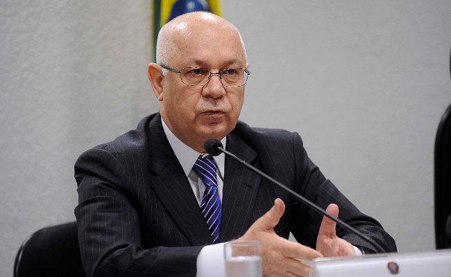 Teori nega liminar em processos que pediam suspensão da nomeação de Lula