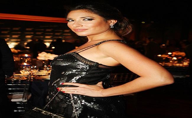 Giselle Itié substitui Chris Flores em programa da record e surpreende telespectadores