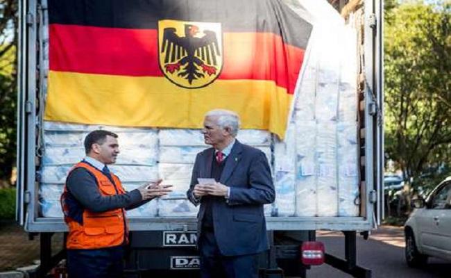 Atingidos por chuva no RS recebem doações de governo alemão