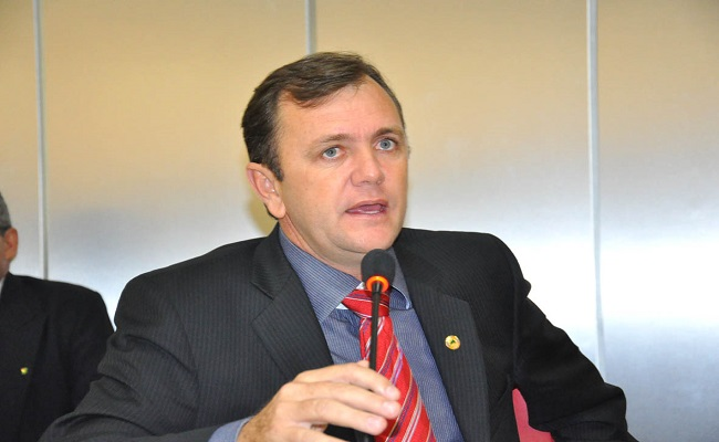 Goebel decide ir à reeleição