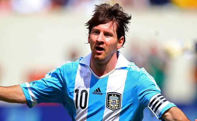 Messi brilha e leva Argentina à vitória na prorrogação contra a Suíça