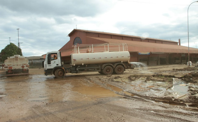 Após limpeza e desinfecção, Mercado do Pescado e Shopping Popular deverão ser recuperados