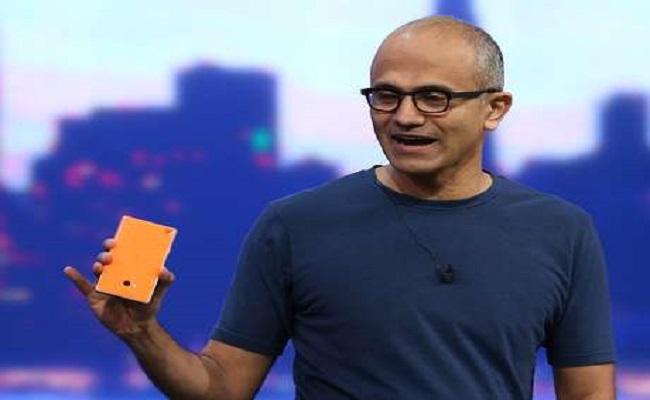 Receita da Microsoft sobe, mas lucro cai por Nokia