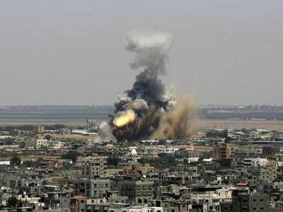 Bombardeio destrói hospital em vilarejo disputado por grupos radicais na Síria