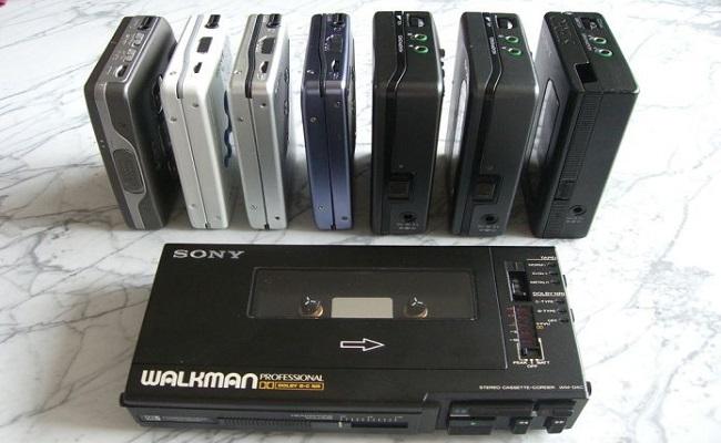 Walkman faz 35 anos; veja como a maneira de ouvir música evoluiu