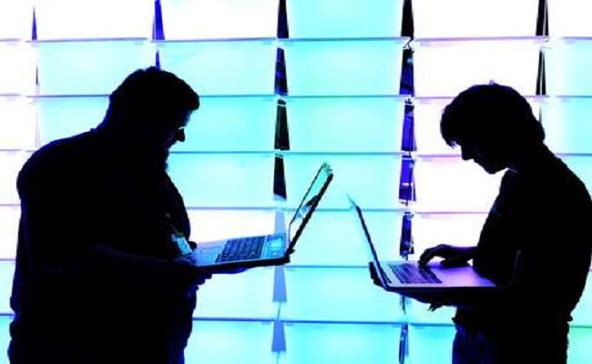 Grupo de hackers acumula 1,2 bilhão de dados roubados