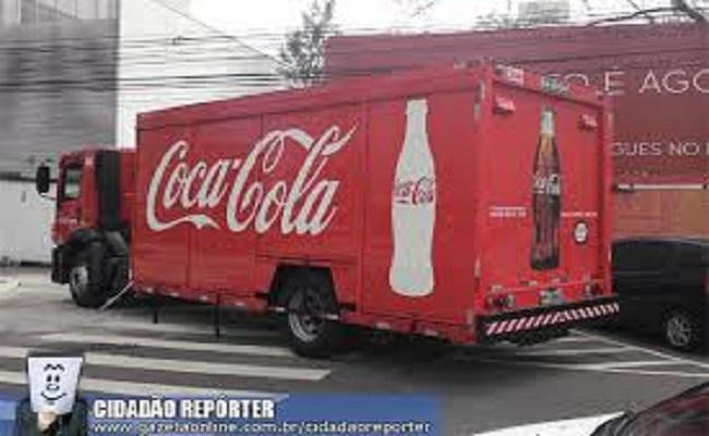 Assaltantes roubam mais de 40 mil reais de dois caminhões da Coca-Cola
