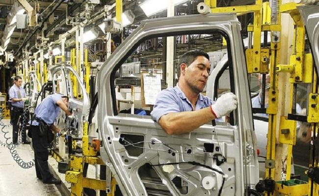 Produção de veículos sobe, mas venda cai em janeiro, diz Anfavea
