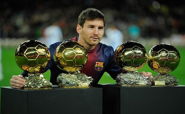 Messi completa dez anos desde a estreia no Barcelona