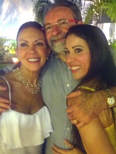 Família linda, que compartilha um amor imenso – ternura – alegria e mais do que tudo respeito e gratidão