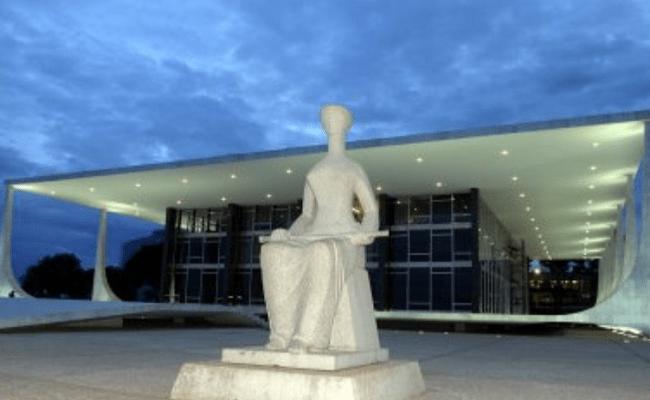 CCJ aprova projeto que reajusta salário de servidores do Judiciário