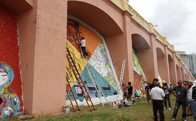 Haddad aprova grafite em patrimônio histórico de São Paulo