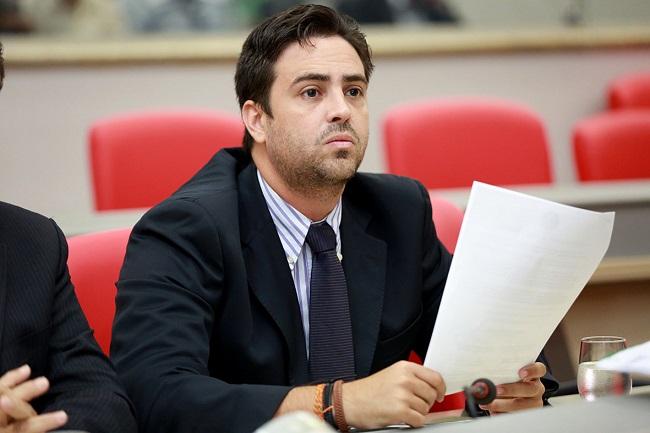 Léo Moraes propõe ao Governo criar a Secretaria Metropolitana