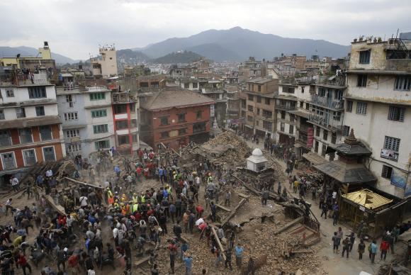 Oito milhões de pessoas foram afetadas pelo terremoto no Nepal, diz ONU