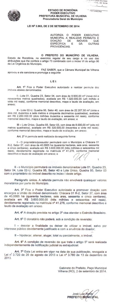 Cópia da Lei nº 3.963 que autoriza a permuta, assinada em 02 de setembro de 2014.