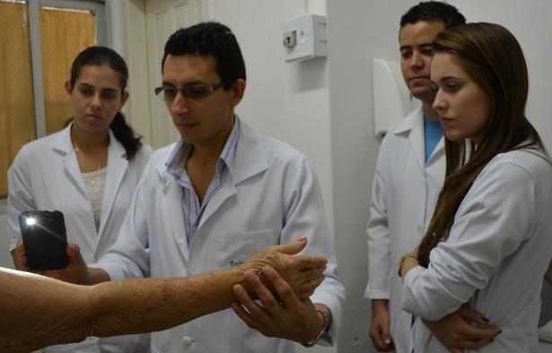 Dia 'D' contra a hanseníase é realizado em unidades de saúde de Cacoal, RO