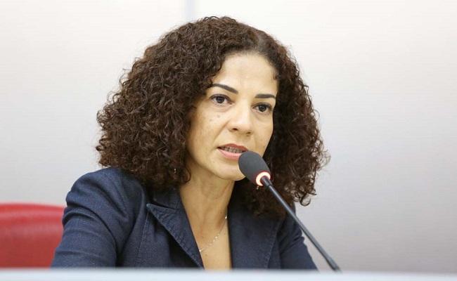 Condenada no TJ a 8 anos de prisão por peculato, Epifânia Barbosa escapa da cadeia pelo STJ