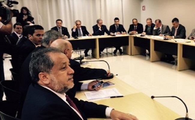 Luiz Claúdio cobra esclarecimentos tributários de teles