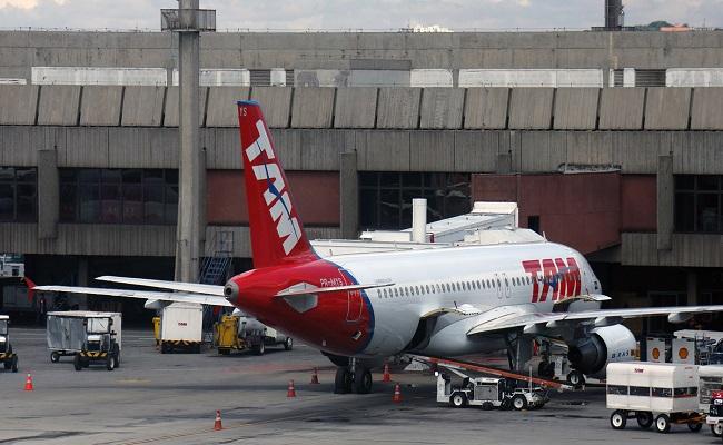 Aéreas contabilizam prejuízos de R$ 5,9 bi no Brasil em 2015