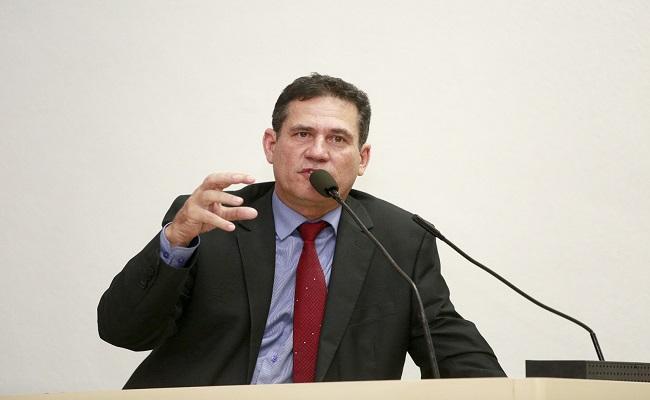 Maurão indica a recuperação de vicinais na capital
