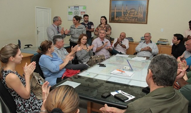 Empresários da Carlos Gomes e prefeitura firmam compromisso, com apoio da Fecomércio