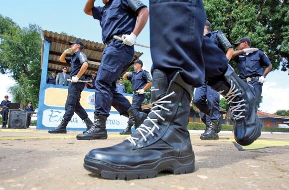 Sargento Gusmão sofre atentado à tiros no centro da cidade; Ouça o relato