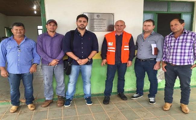 Léo Moraes visita Ponta do Abunã e garante maquinário do DER para a região