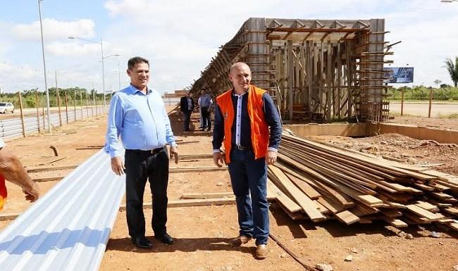 Maurão de Carvalho comemora retomada das obras do Espaço Alternativo