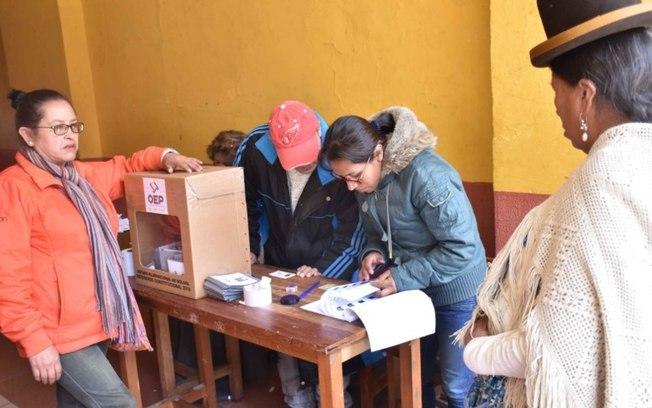 Bolivianos rejeitam nova reeleição de Evo Morales