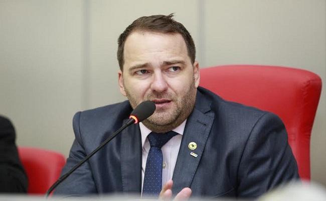 Alex Redano se reuni com governador para garantir 100% de asfalto para Ariquemes