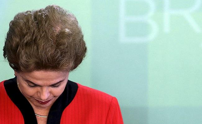 Dilma diz que caixa dois é problema de João Santana e do PT