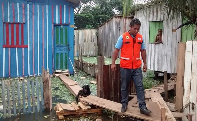 Nível do Rio Madeira sobe e inunda cinco bairros da capital