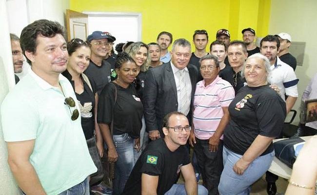 Deputado Edson Martins anuncia Lei de sua autoria que cria o Concurso de Remoção para servidores estaduais