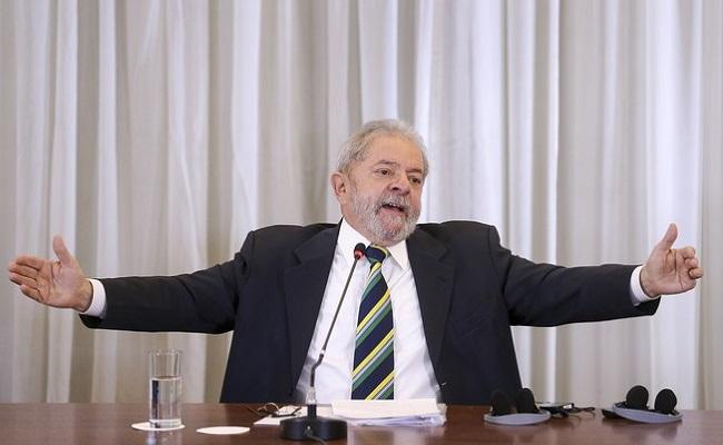 Agenda apreendida na Lava Jato revela encontros do dono da OAS com Lula