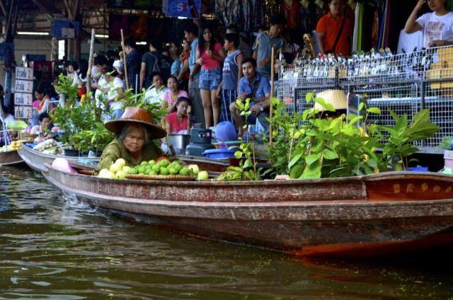 mercados_flutuantes_sudeste_asiatico_07