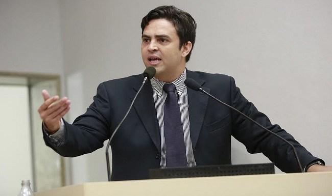 Léo Moraes pede implantação de telefonia celular em Nova Dimensão