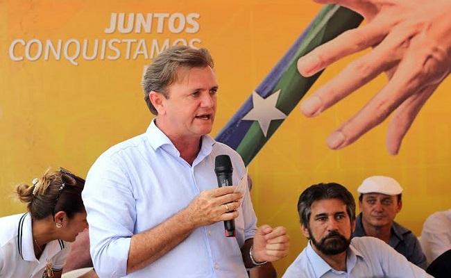 Luizinho participa de lançamento do Projeto Estradão em Corumbiara