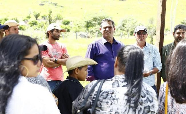 Maurão apoia e incentiva o aumento da produção de café no Estado
