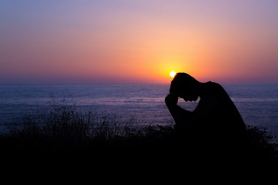 Livro relata os 5 arrependimentos mais comuns das pessoas próximas à morte