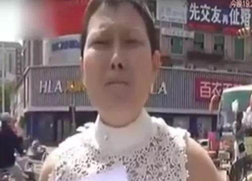Mulher é despejada e abandonada pelo marido por ter câncer