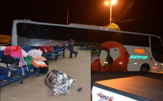 Idoso morre dentro de ônibus da Eucatur; Corpo é retirado e deixado no chão da rodoviária