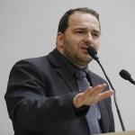 Alex Redano indica estadualização de estradas