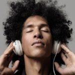 Ouvir música te deixa arrepiado? Seu cérebro é especial
