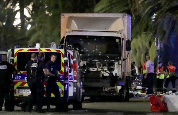 Polícia tinha apenas um carro na avenida do atentado em Nice, na França