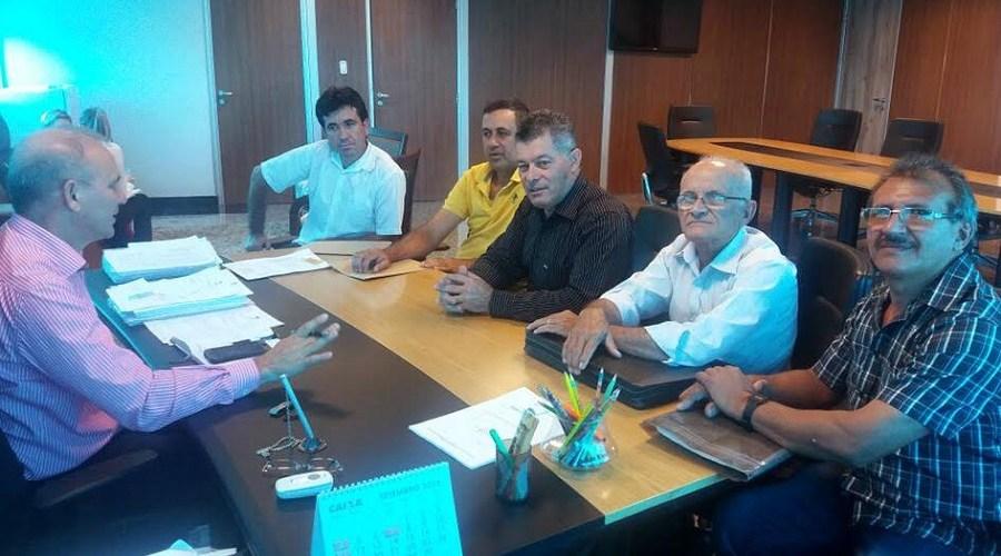 Edson Martins define melhorias para RO 010 com diretor do DER